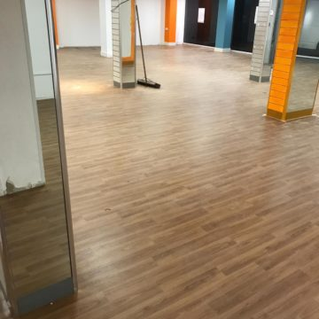 Commercial flooring Polyflor forest fx colour European Oak